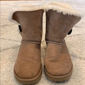 Chestnut Uggs with button